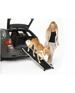 Aluminium-Hunderampe DOGWALK³ erleichtert dem Hund das Ein- und Aussteigen